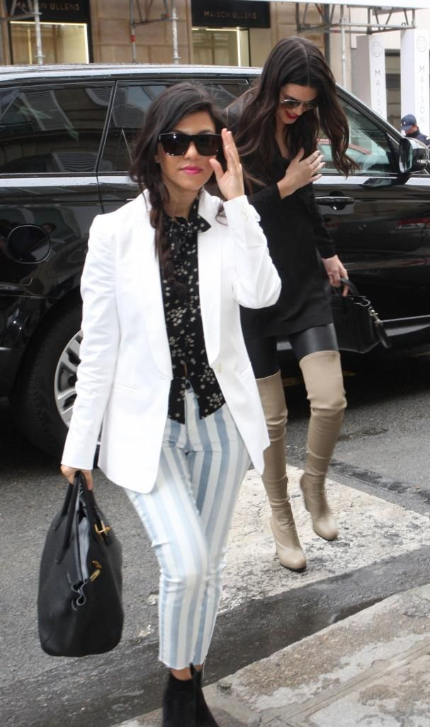Kendall Jenner out shopping with family