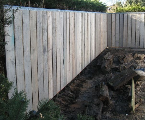 Houten Afscheiding Tuin : Houten omheining voor tuin tuinidee pinterest fence patio