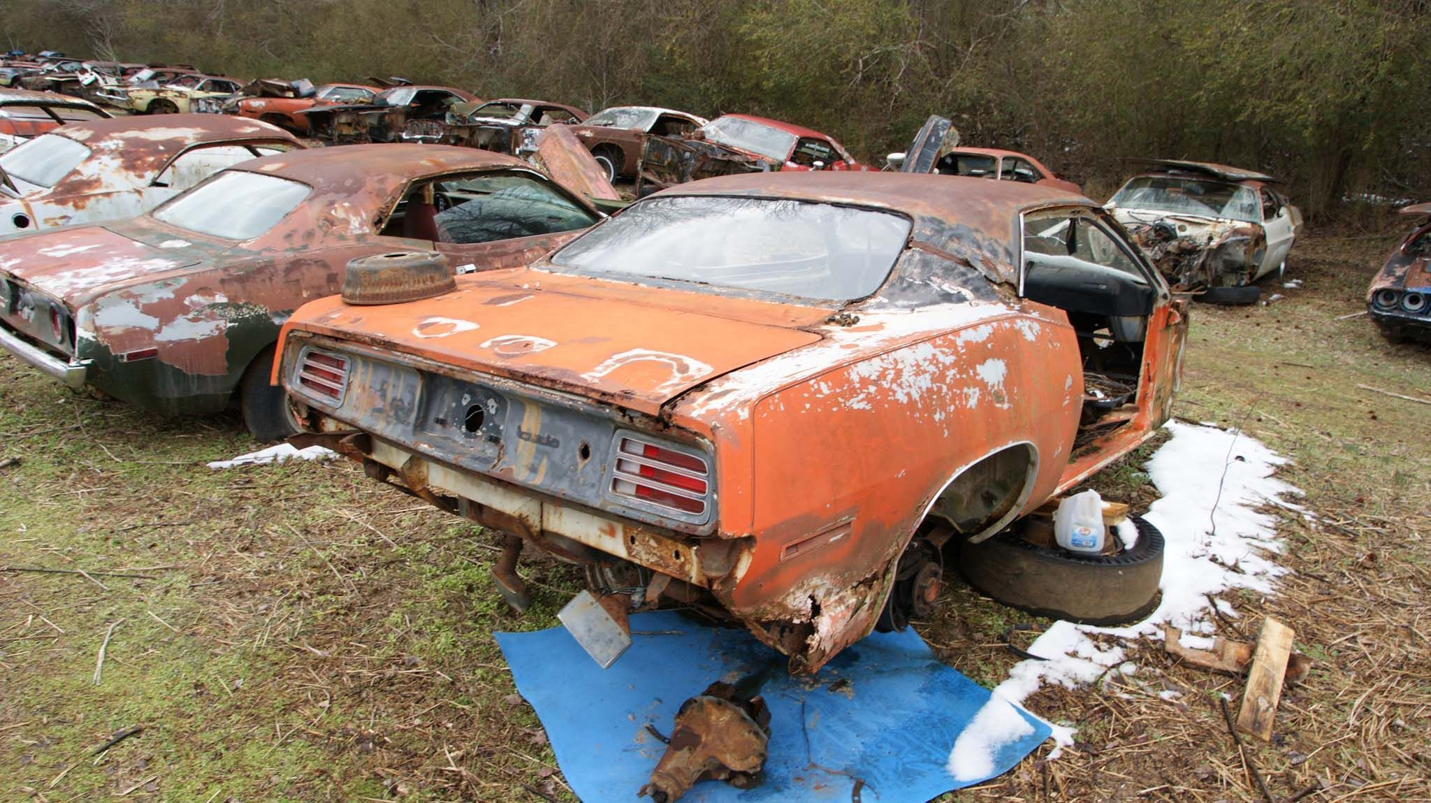 Cudas | Rusted Rides | Pinterest | Barn finds, Car barn and ...