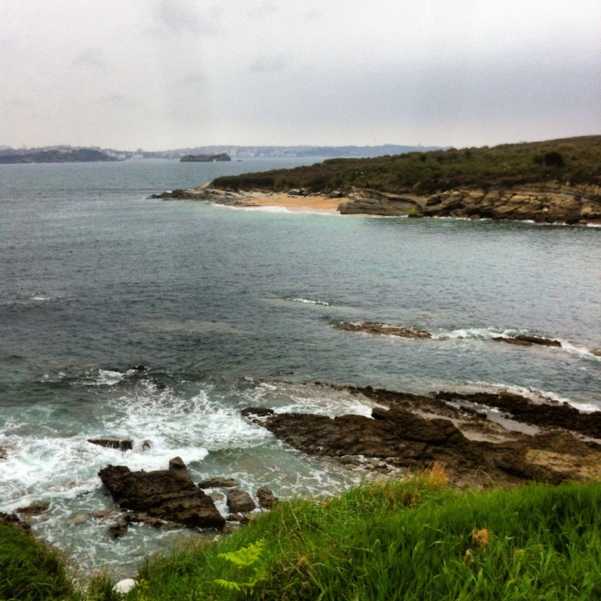 Vista de la Isla desde Loredo.