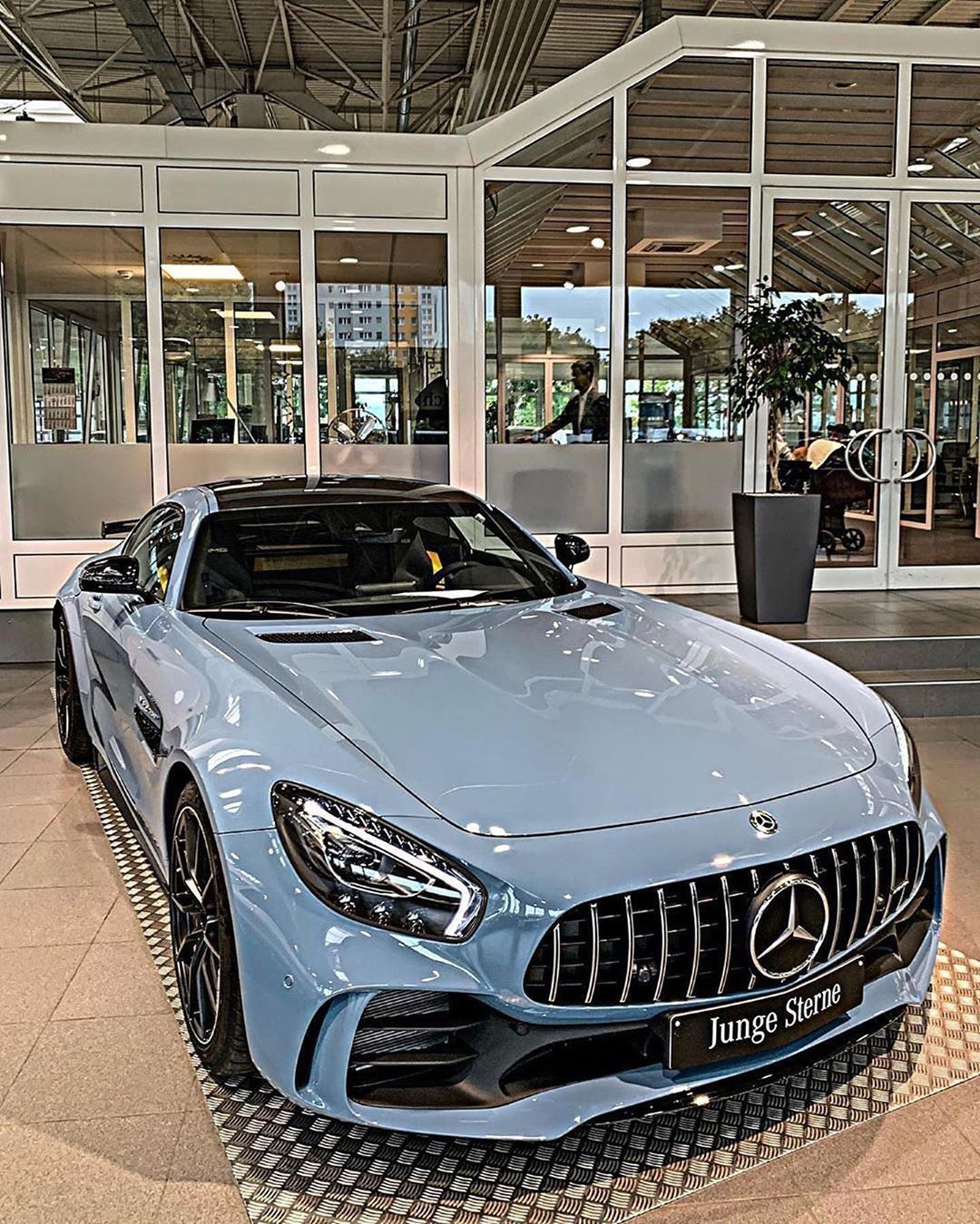 Mercedes-Benz GLC - Model 2020