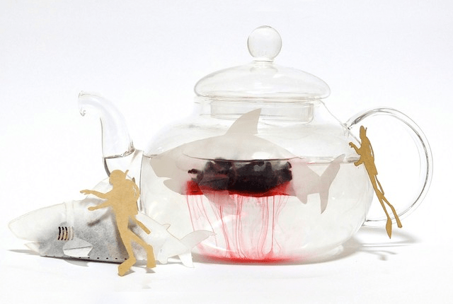 WE'RE GONNA NEED A BIGGER CUP! SHARK SHAPED TEA BAGS THAT BLEED RED TEA