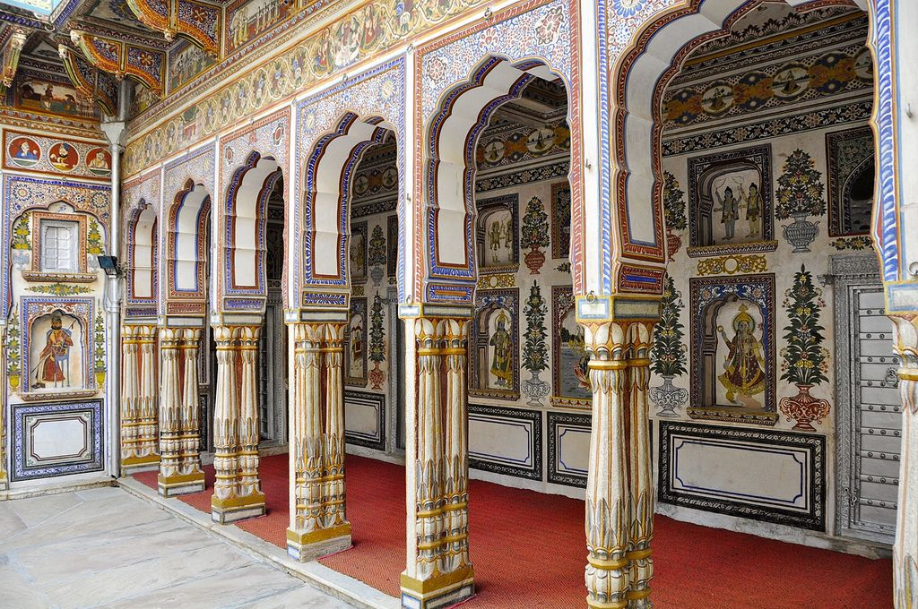 Inside the Podar Haveli