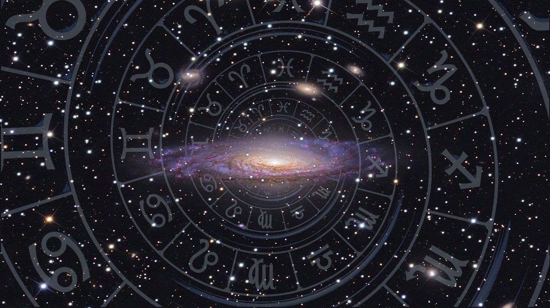 Quelque soit votre signe astrologique, votre horoscope de l année est  toujours disponible sur b3cfcc61ceb3