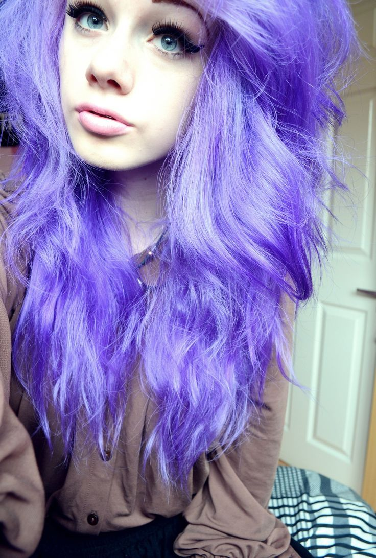 Girls tumblr with light purple hair