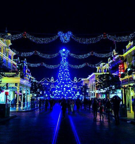 christmas time mainstreet usa disneyland paris dlp disneyland paris mainstreet