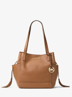 7c69a26813f8 A study in quiet glamour, the Ashbury shoulder bag is crafted from ultra- soft Venus leather in a slouchy shape fit for most occasions.