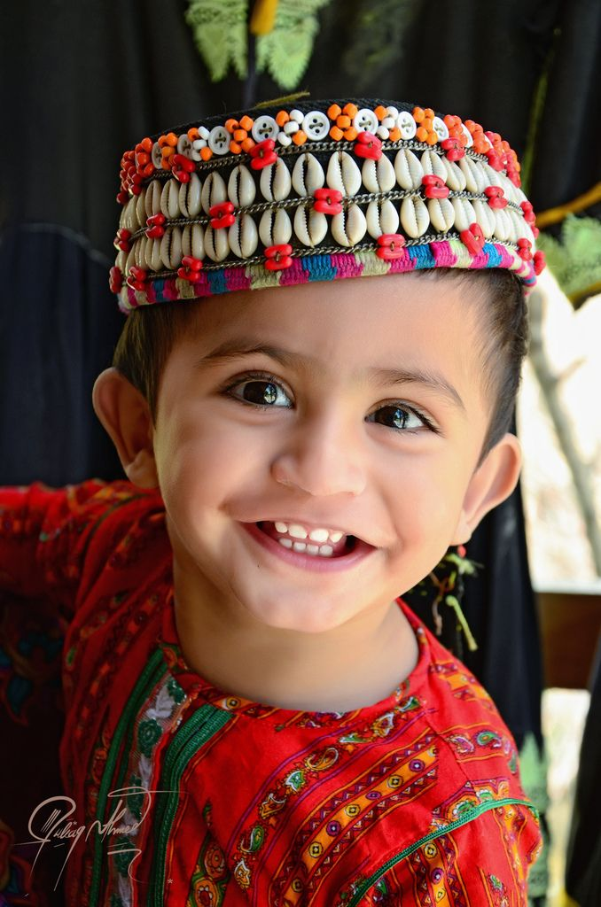 The Kalash, numbering approximately 3,500, are the smallest religious minority of Pakistan. They live in the three valleys of Birir, Bumburet and Rumbur in the Hindu Kush between Afghan boarder and Chitral Valley.