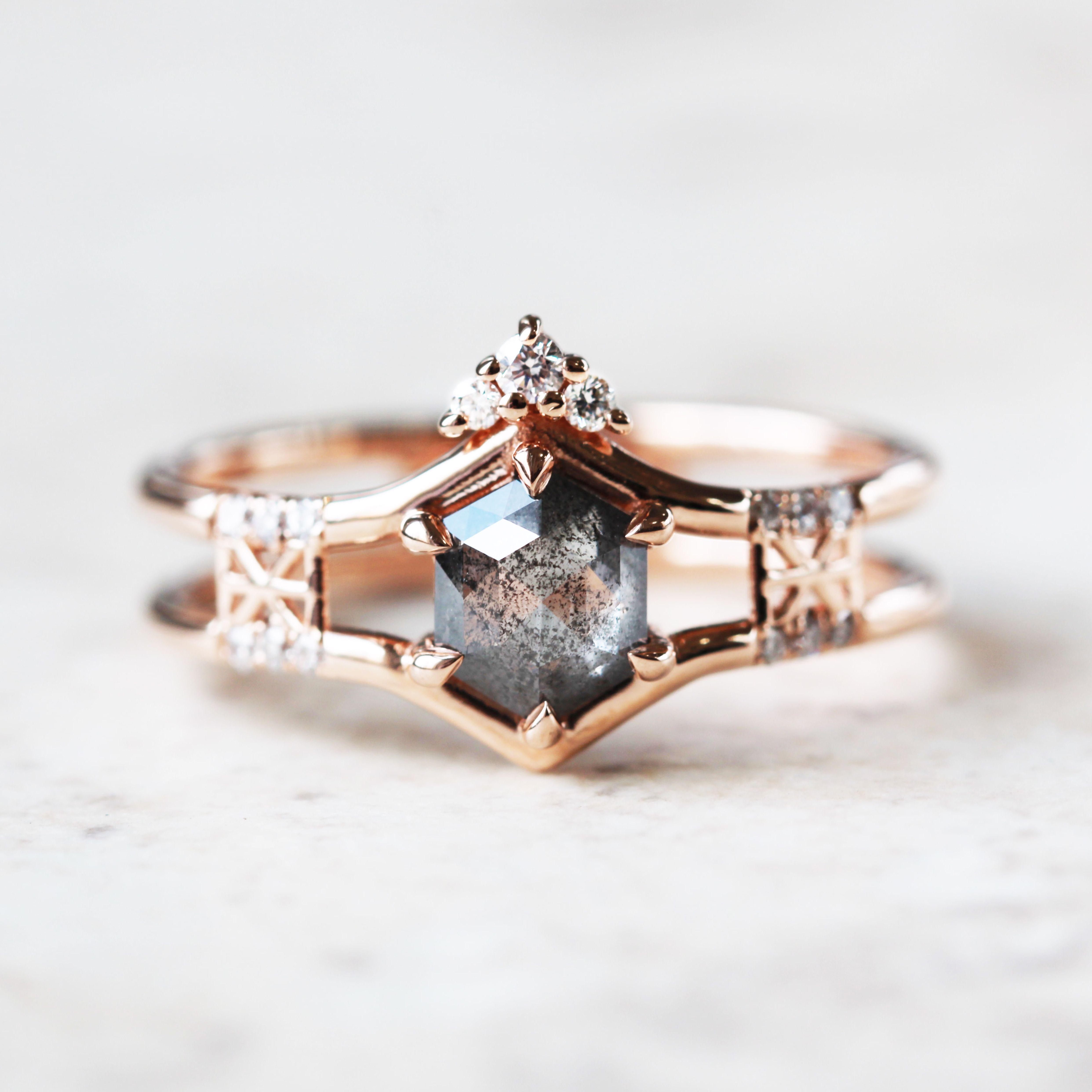 Salt And Pepper Diamond Ring Tiara Engagement Ring Tiara Wedding Band Hexagon Diamond Ring Un Hochzeitsdetails Hochzeit