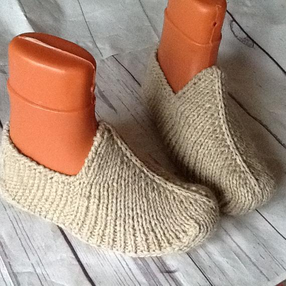 7cf65293bc349 Men's Woolen slippers Unisex House shoes Hand knitted Natural rustic ...