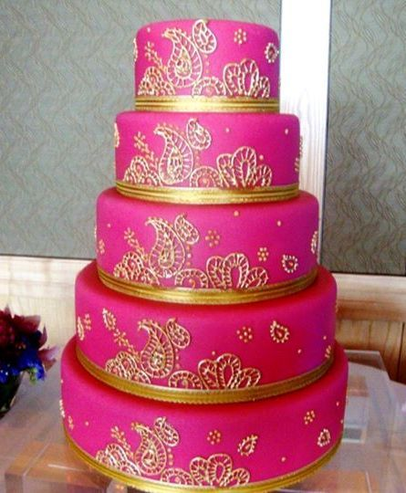 Hot Pink And Glorious Gold Make For One Bold Beautiful Cake At This Bryant Dewey Seasons Hotel Seattle Indian Wedding