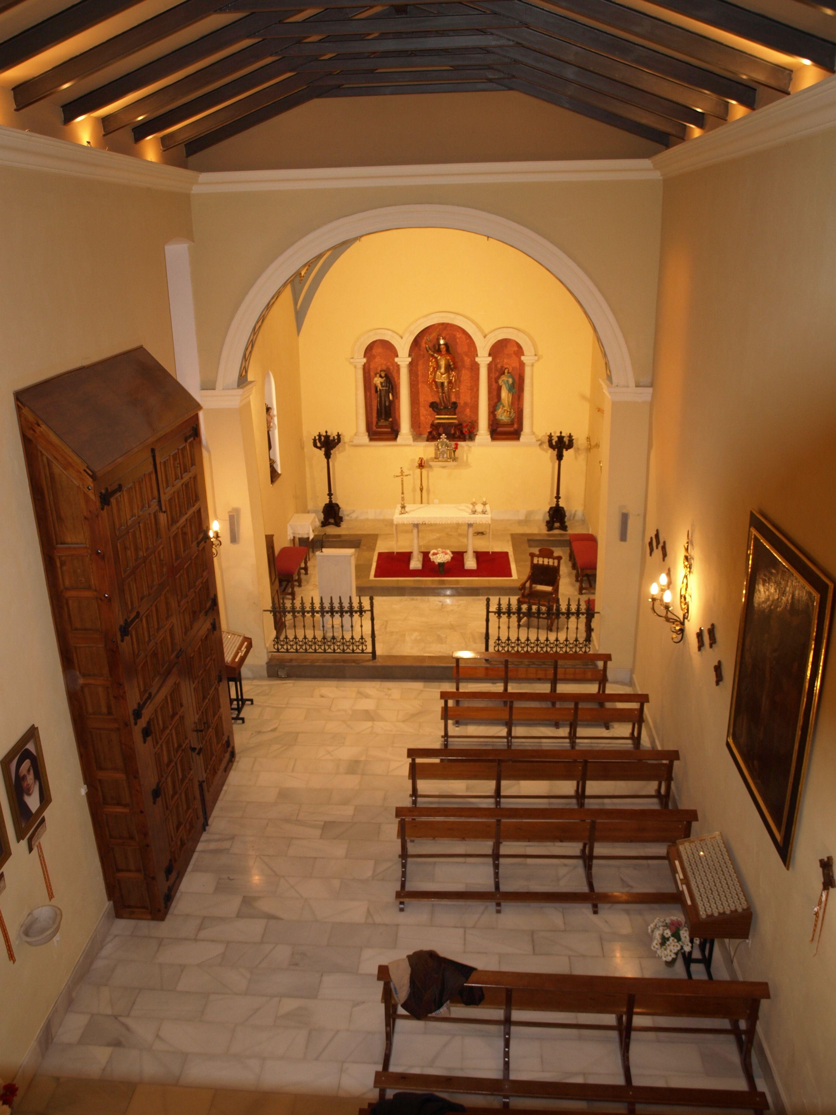 panorámica de la ermita de San Miguel desde el coro del templo