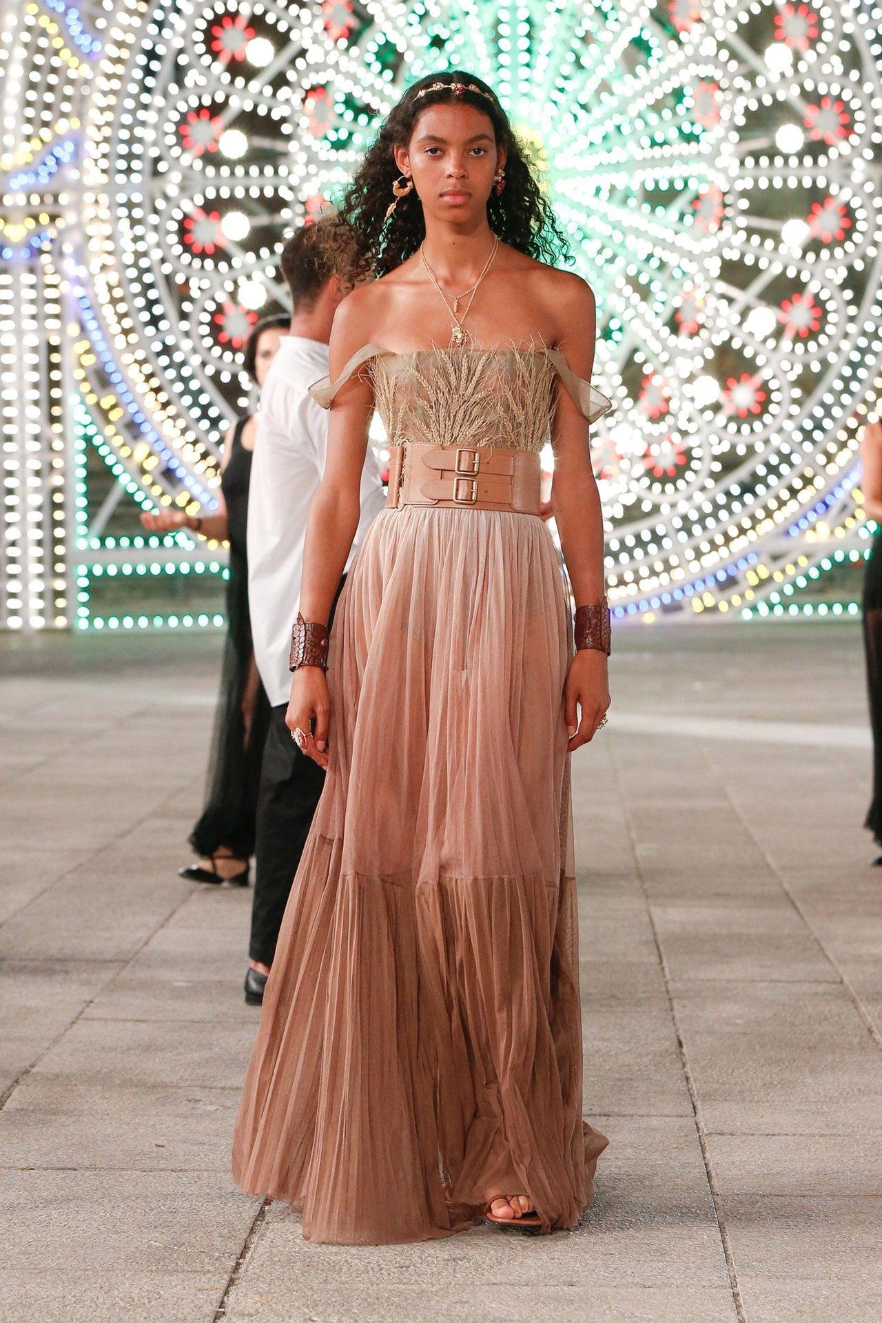 Christian Dior Resort 8 Fashion Show  Fashion, Fashion show