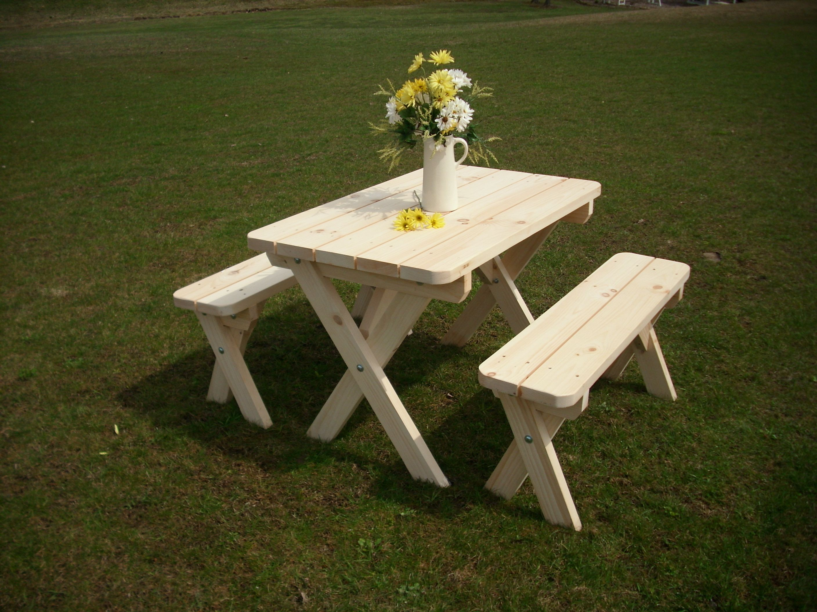 Classic Cross Leg Style Cedar Picnic Table With Detached Benches Country Living At Its Best Picnic Table Red Cedar Wood Barn Furniture