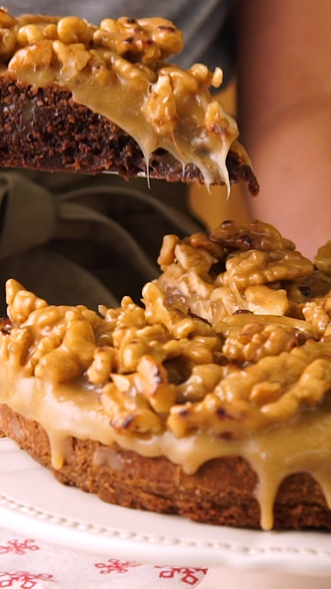 Coffee, Nuts and Caramel Cake