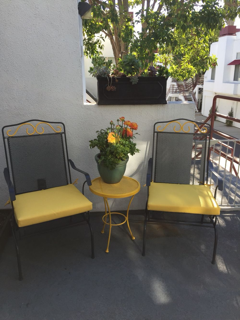 Yellow and gray up-cycled patio furniture! Diy for the win! - Yellow And Gray Up-cycled Patio Furniture! Diy For The Win! Pool