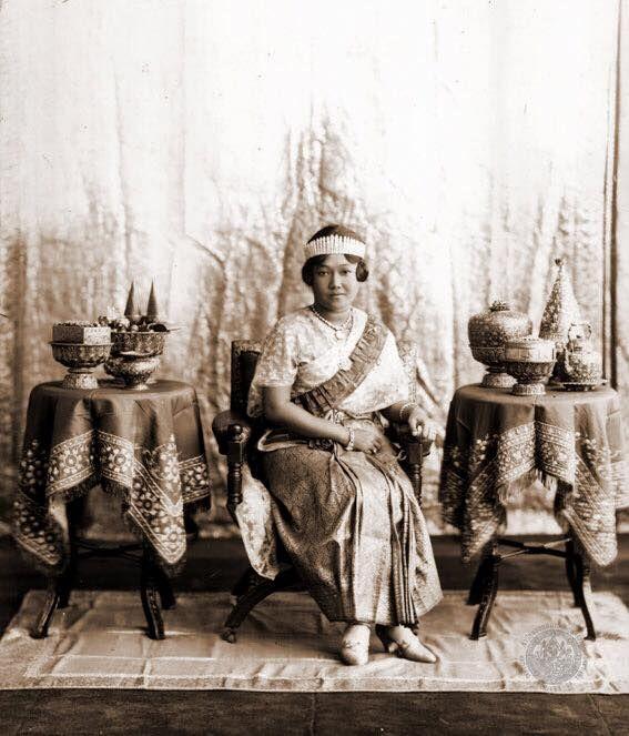 Queen Rambhaibanni of King Prajadhipok [20 December 1904 - 22 May 1984] Thailand
