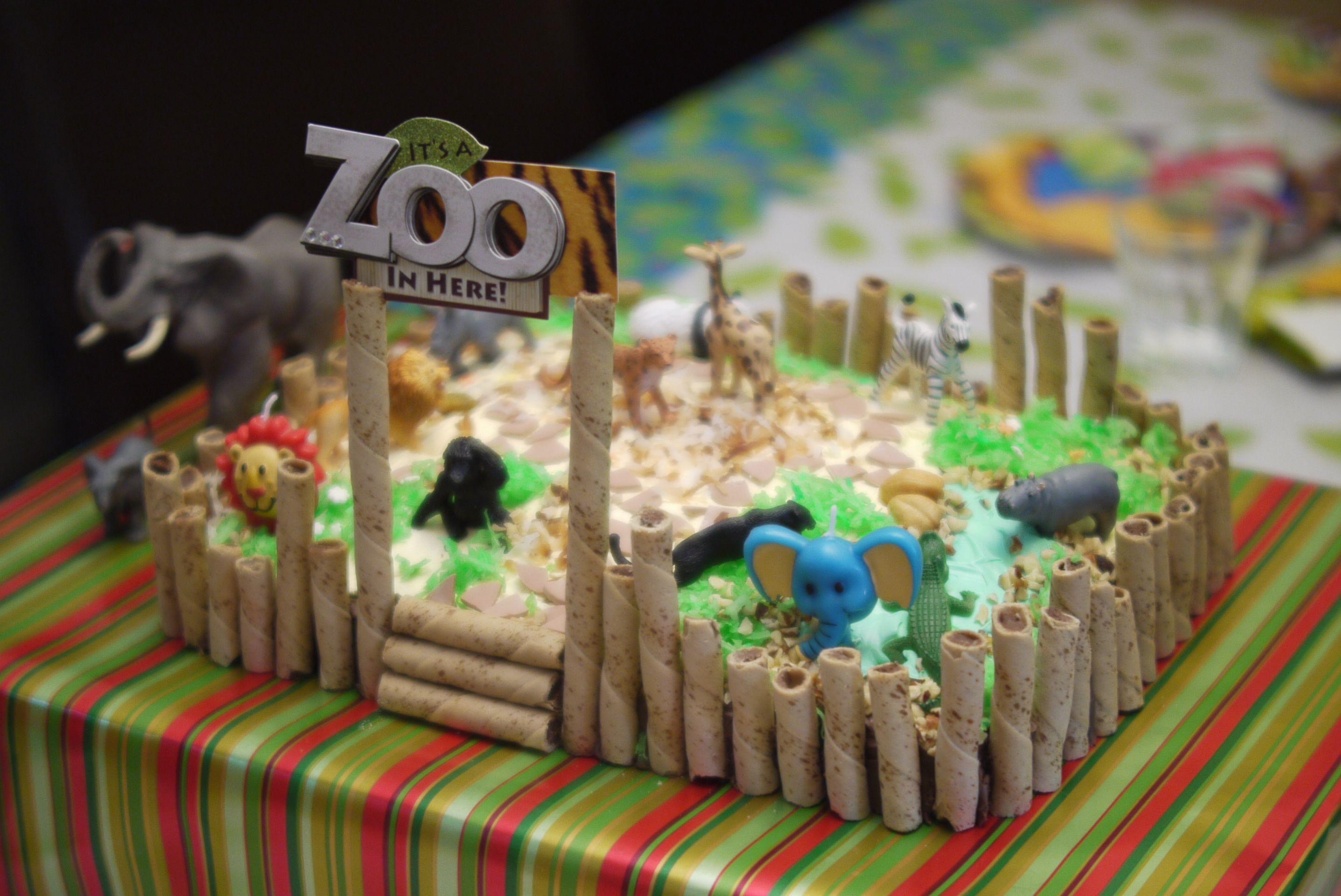 Admirable Zoo Cake Plastic Animals Lots Of Fun Zoo Birthday Cake Funny Birthday Cards Online Amentibdeldamsfinfo