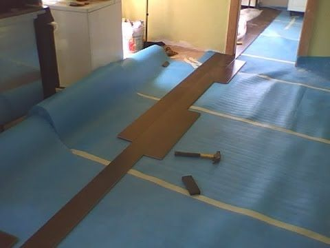 Installing Laminate Flooring Flowing Between Rooms Without A T Molding Youtube