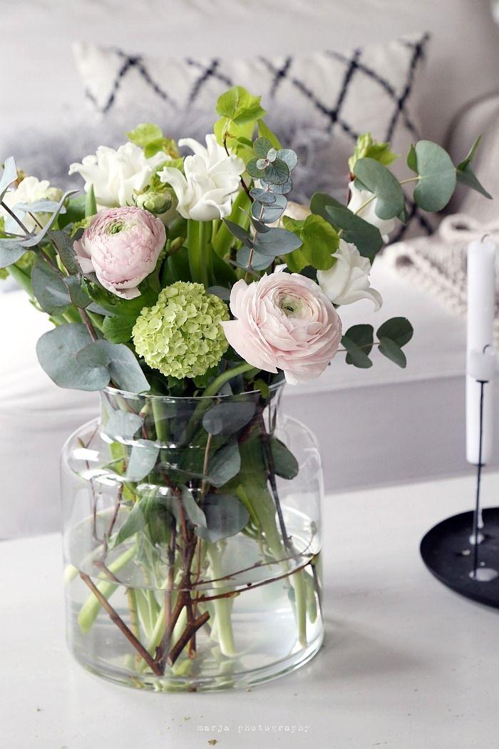 tolles bouquet mit ranunkeln und hortensien blumen bouquets flowers pinterest. Black Bedroom Furniture Sets. Home Design Ideas