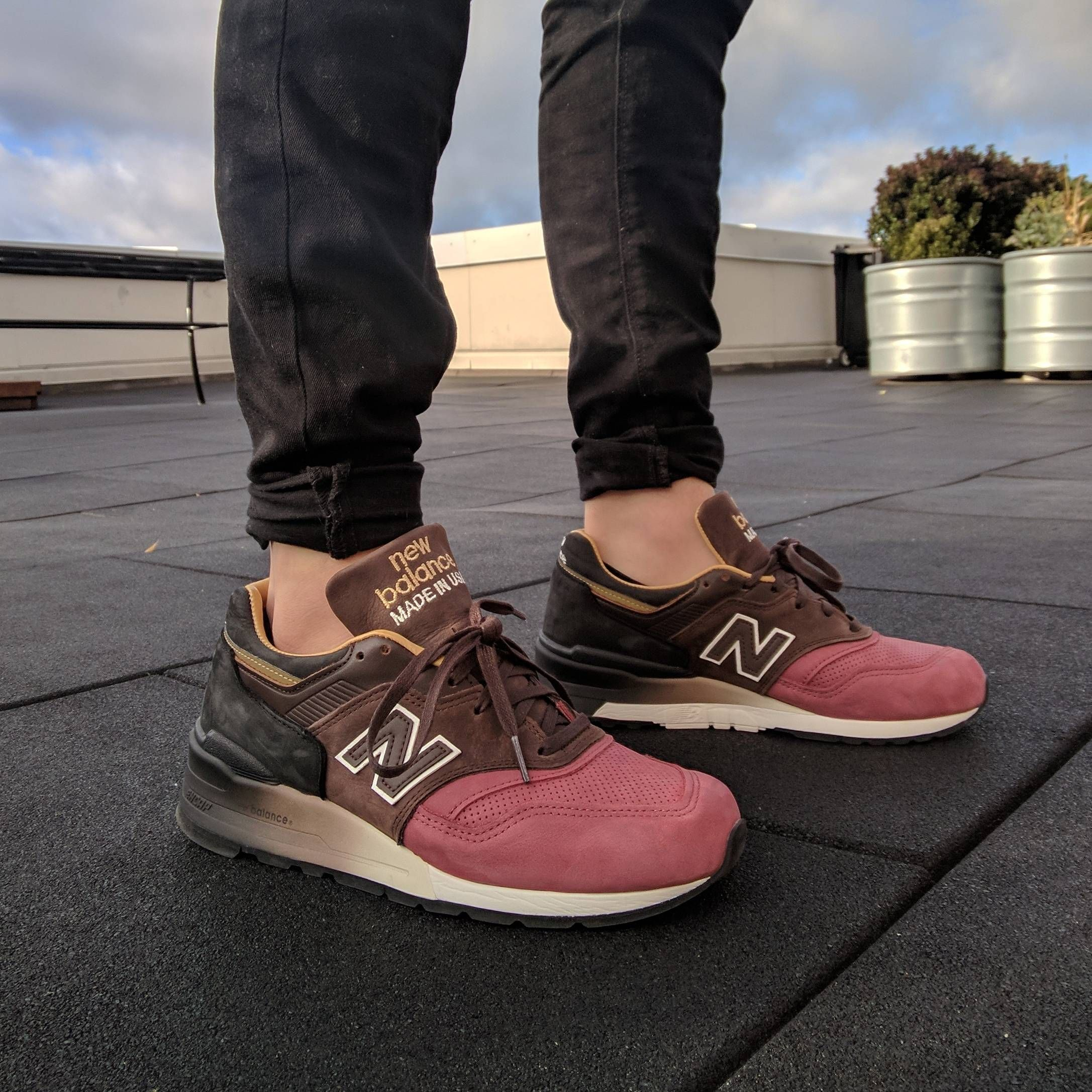 new balance 997 rose retail