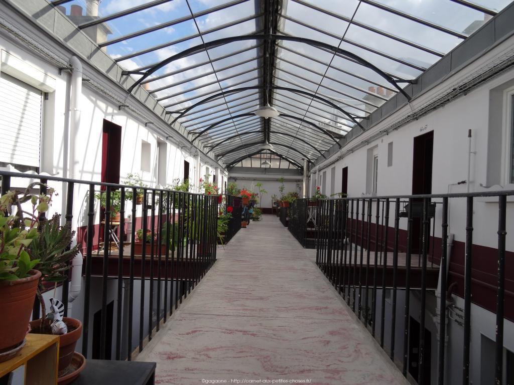 les 25 meilleures id es de la cat gorie 9e arrondissement sur pinterest 10 arrondissement. Black Bedroom Furniture Sets. Home Design Ideas
