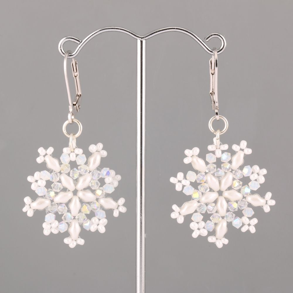 Free Beading Pattern Beaded Snowflakes With Superduo Beads And