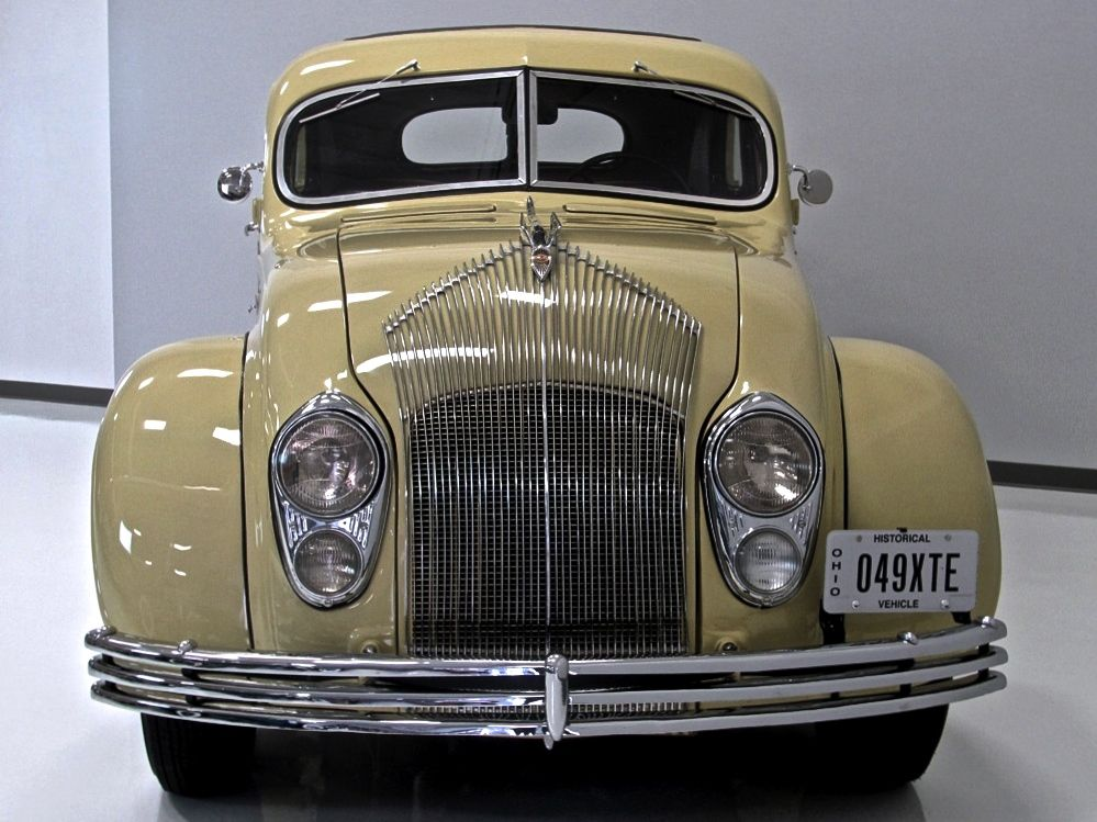 1934 Chrysler Airflow Cu Town Sedan Classic Cars Vintage