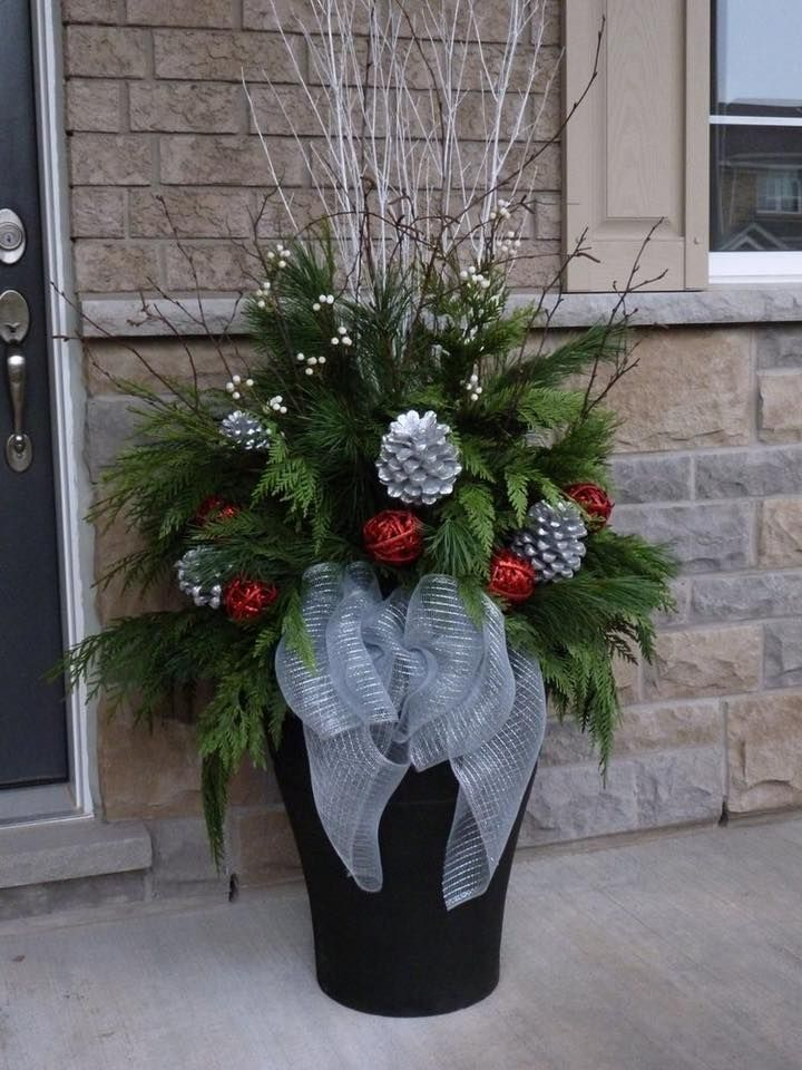 Pin By Linda Hoppe On Christmas Outside Arrangements Christmas