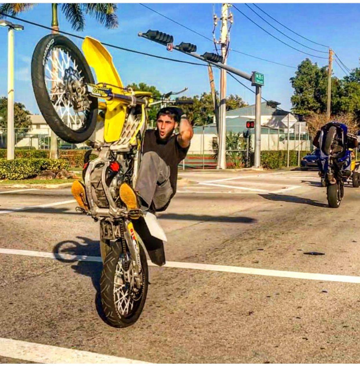 Pin By Jeff Sawyer On Stunt Life Bike Life Moto Bike Supermoto