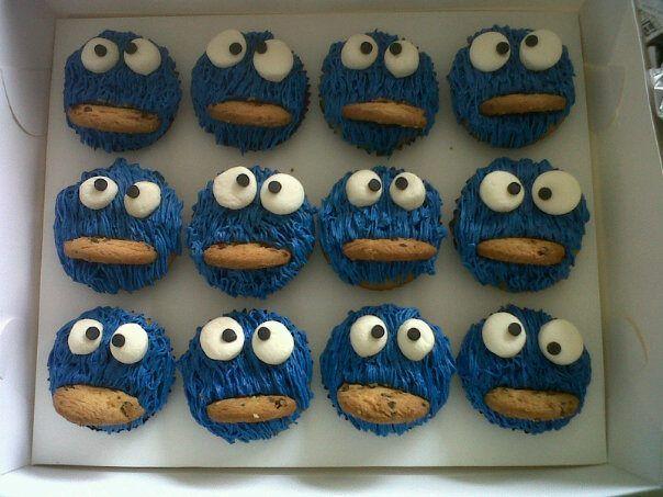Cookie monster cupcake...
