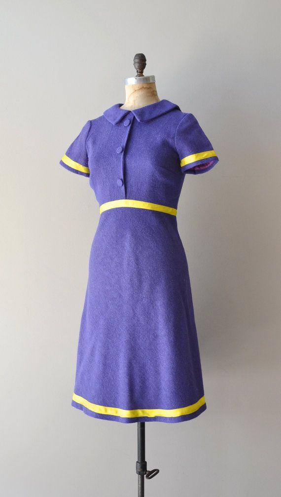 Jean Varon dress • mod 1960s dress • wool 60s dress