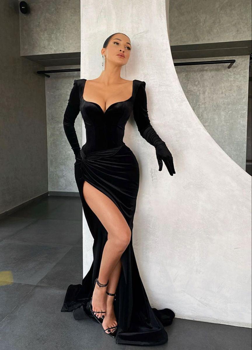 Pin By A N On D R E S S E S Evening Dresses Prom Prom Dresses Gala Dresses [ 1200 x 864 Pixel ]