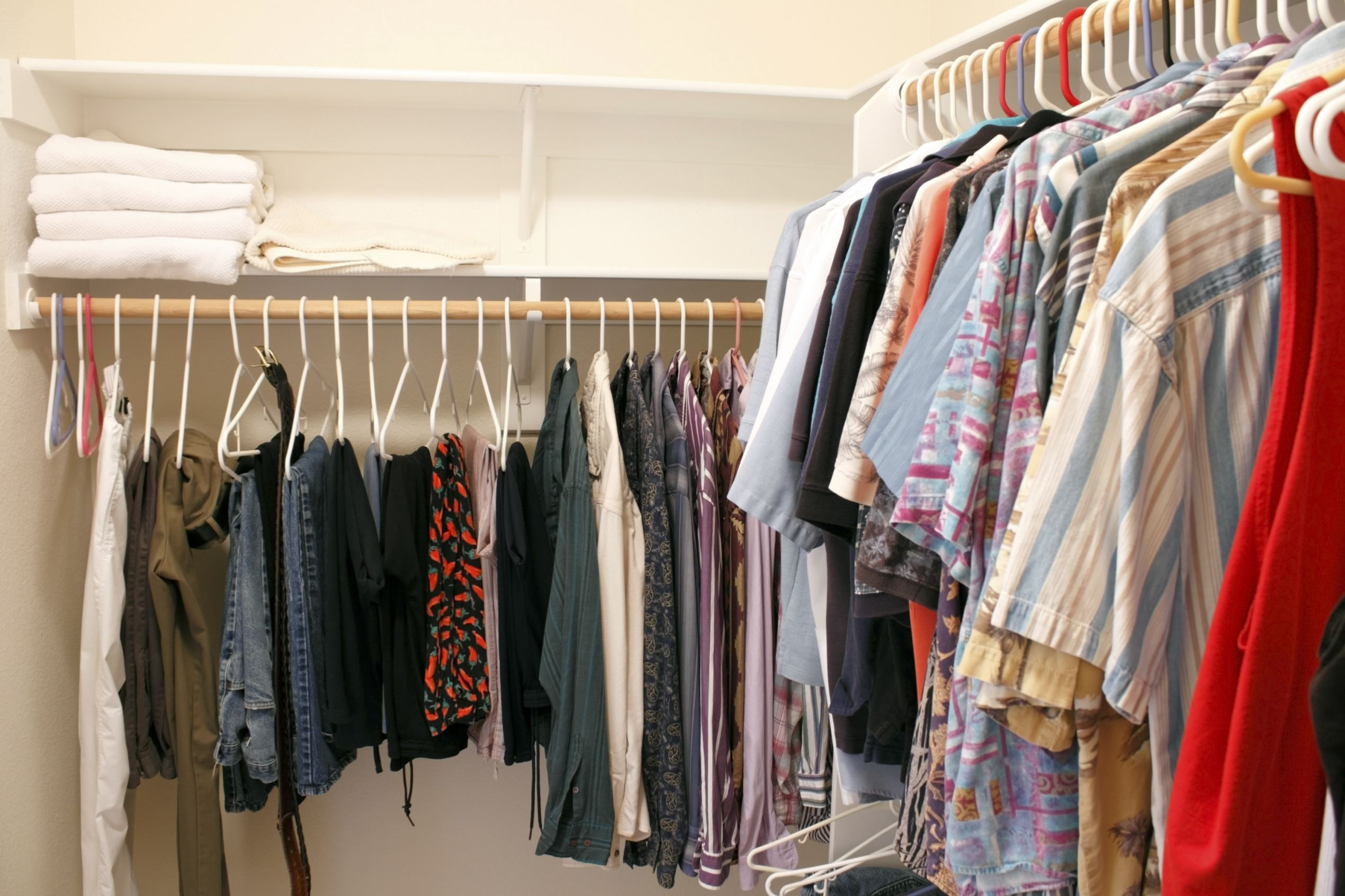 Genial 7 Easy Ways To Make More Space In Your Closet, No Renovations Required