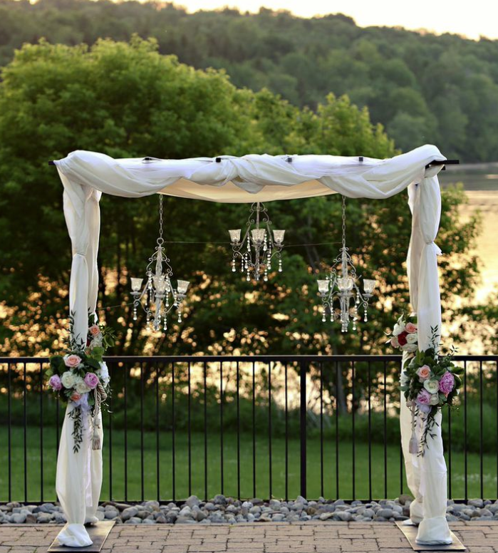 Drop Dead Gorgeous Pennsylvania Wedding from Marie Labbancz. To see more: http://www.modwedding.com/2014/08/28/drop-dead-gorgeous-pennsylvania-wedding-marie-labbancz/ #wedding #weddings #wedding_ceremony