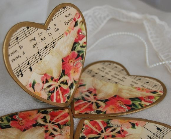 Vintage Inspired Wedding Favours And Table