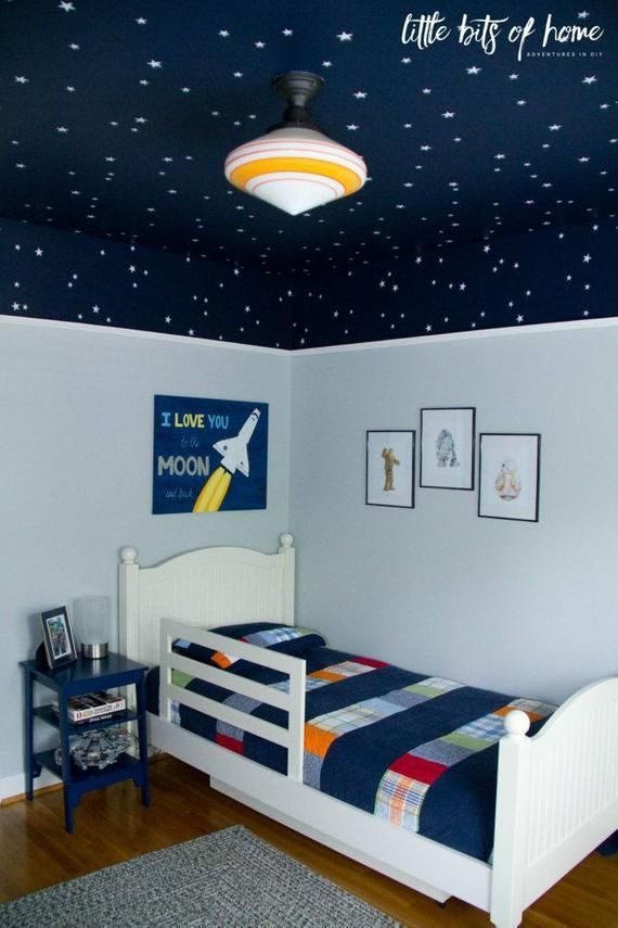 Star Wars themed wall decals – White star decals – Little Bits of Home Star Wars bedroom reveal – Little Bits of Home – Samanthas Stars