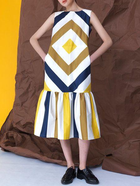 Shop Midi Dresses - Multicolor Cotton Geometric Statement Crew Neck Midi Dress online. Discover unique designers fashion at StyleWe.com.