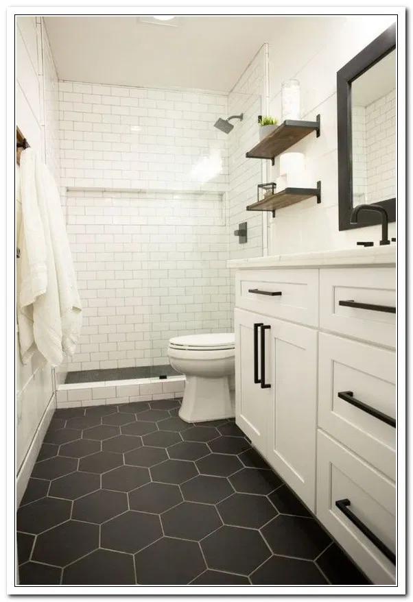 11 Bathroom Tile Ideas For Big And Small Bathroom Floor Wall Tiles Diy Bathroom Remodel Bathroom Renovation Diy Bathrooms Remodel