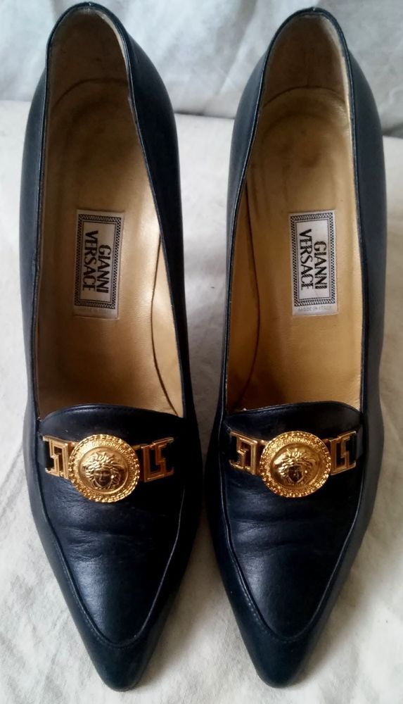 #tumbrl#instagram#avito#ebay#yandex#facebook #whatsapp#google#fashion#icq#skype#dailymail#avito.ru#nytimes #i_love_ny     Gianni Versace black pumps shoes gold Medusa head, sz 38.5 / 9.5 #GianniVersace #PumpsClassics