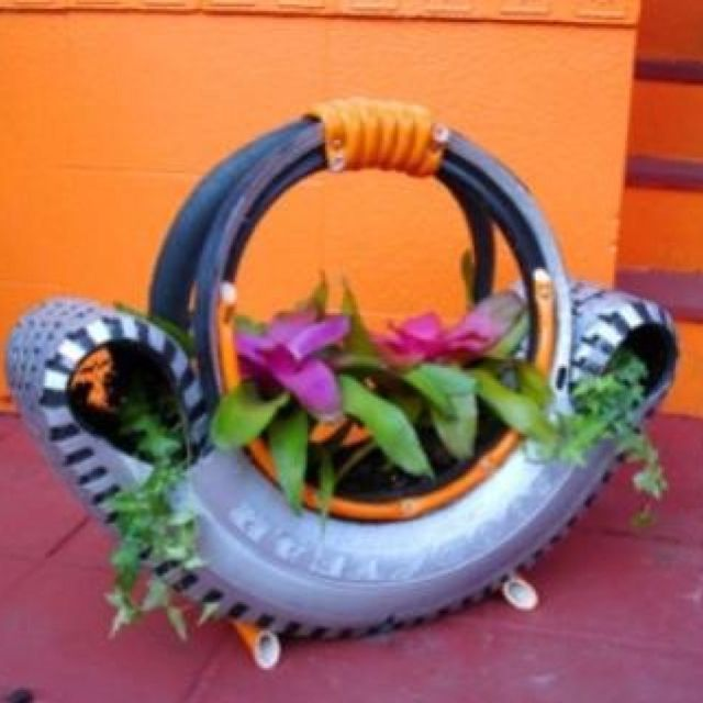 Such a neat idea, tire flower planter. Tire Recycling. Complete ...