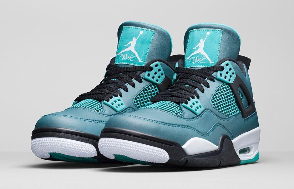 Mens Nike Air Jordan Spizike 3.5 Retro Glowing White Black Blue Shoe Loved By Everyone