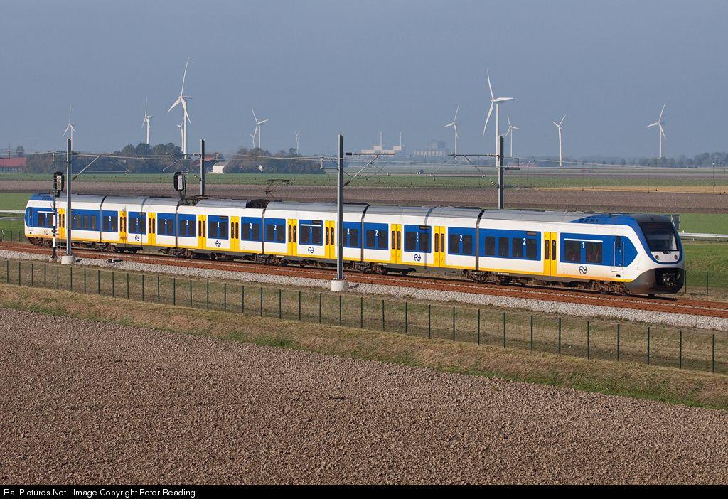 RailPictures.Net Photo: Dutch Railways (NS) Siemens Sprinter Light Train at Dronten Netherlands