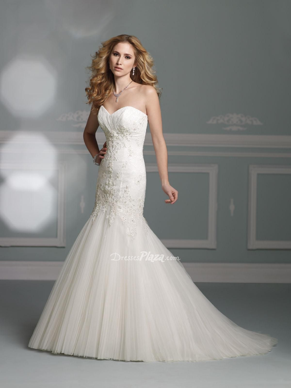 1000  images about Mermaid Wedding Dresses on Pinterest  Prom ...