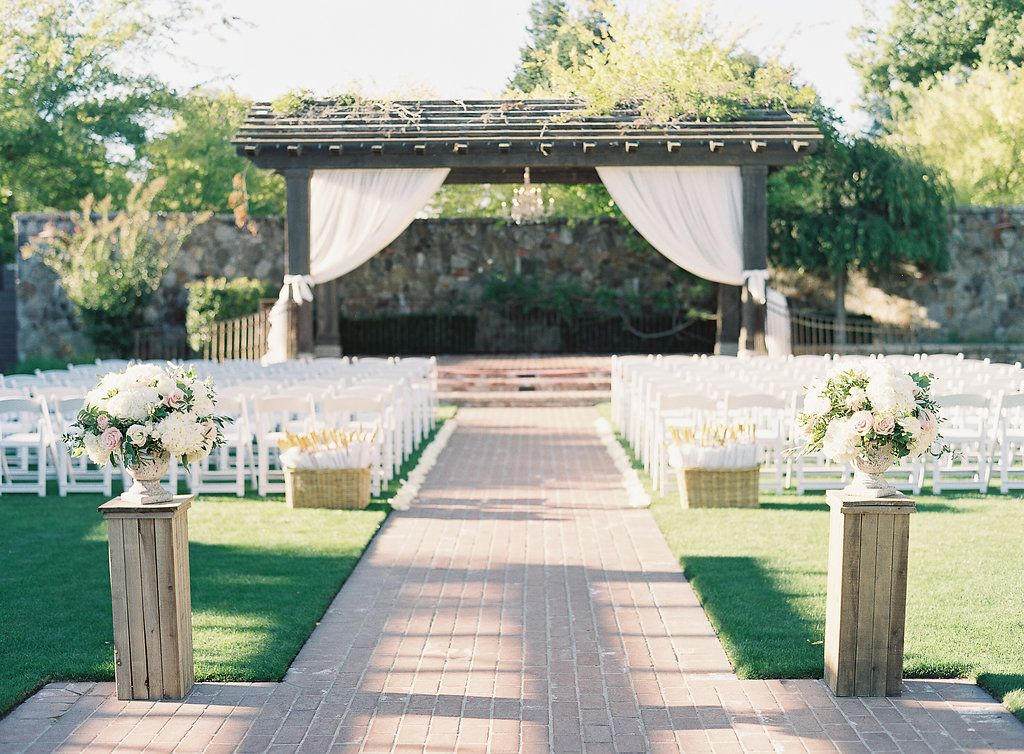Yountville Wedding Ceremony At Vintage House Also Called Vintage Estate Ceremony Ent Wedding Aisle Outdoor Outdoor Wedding Ceremony Wedding Ceremony Flowers