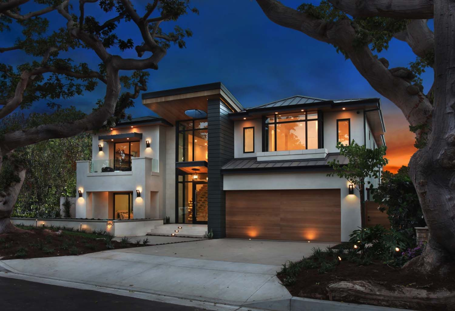 An Ultra Modern Home Infused With Warmth In Newport Beach Modern House Design Modern House Plans Modern Residential Architecture