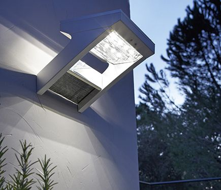 Aplique inspire malibu leroy merlin iluminaci n solar luces solares luces y iluminacion solar - Luces exteriores solares ...