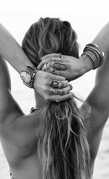 16 Jewelry Layering Photos That Are Crazy Popular on Pinterest is part of Boho fashion, Hippie chic, Style, Turquoise, Fashion, Boho - Time to get pinning!