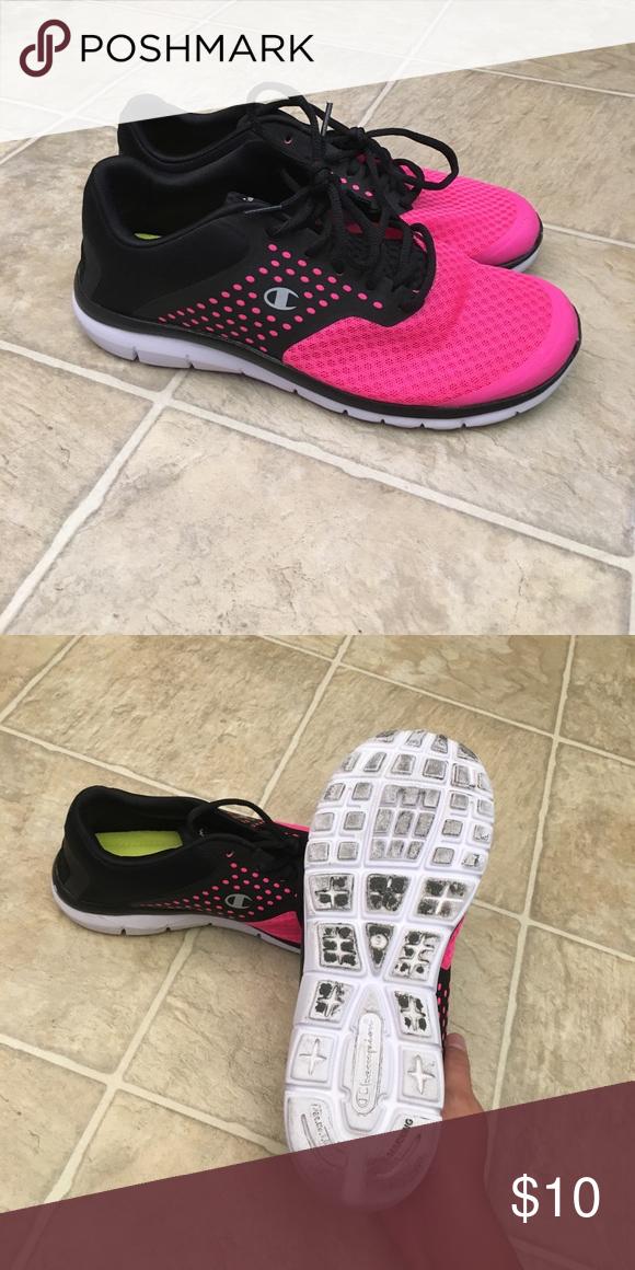 1b8bff5de386c Champion tennis shoes Excellent condition Champion Shoes Athletic Shoes