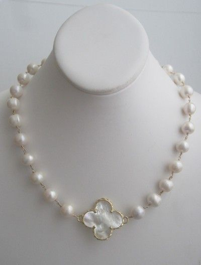 The Kristin Large Clover Pearl Necklace - Liza Byrd Boutique
